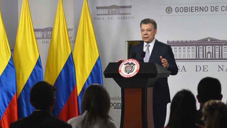 Santos anuncia recorte de 4 billones de pesos en presupuesto de 2017