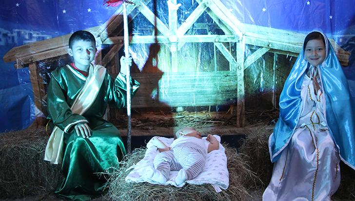 Con regalos y en familia se espera este domingo el nacimiento de Jesús