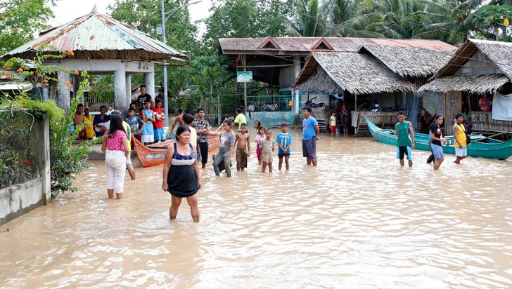 200 muertos dejó la tormenta Tembin en Filipinas