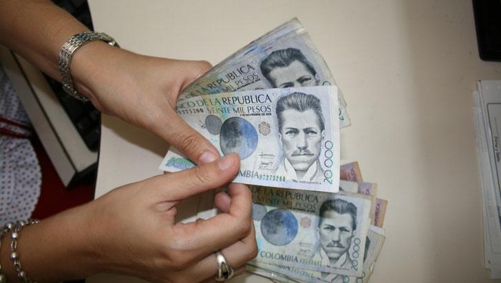 Salario mínimo se expedirá por decreto, no hubo acuerdo entre empresarios y trabajadores