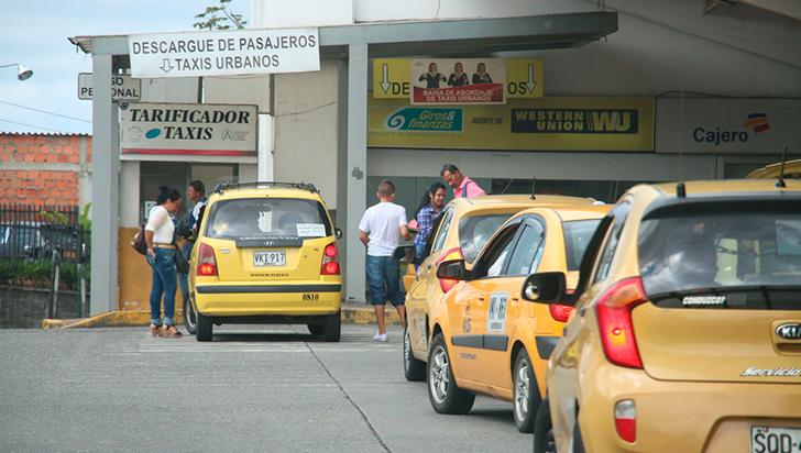 Taxistas proponen $200 de aumento del servicio en Armenia