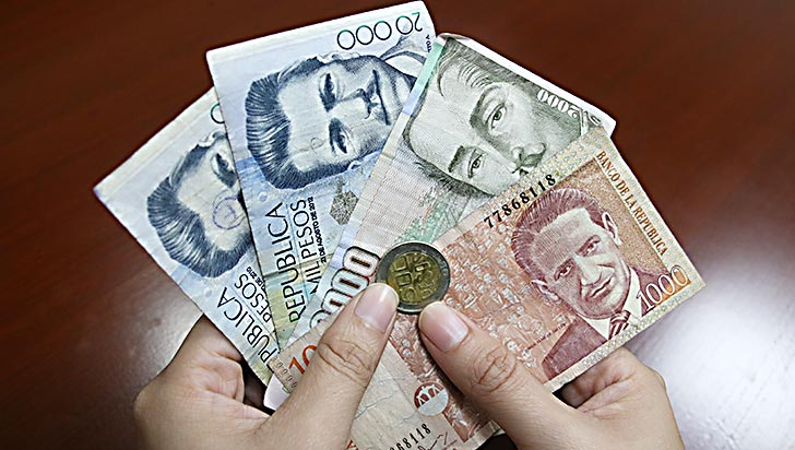 CUT prepara demanda contra aumento del salario mínimo de 5,9%