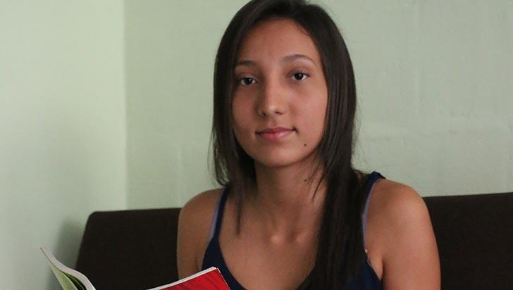 Ganadora del Concurso Nacional de Cuento, sin recursos para estudiar en la universidad