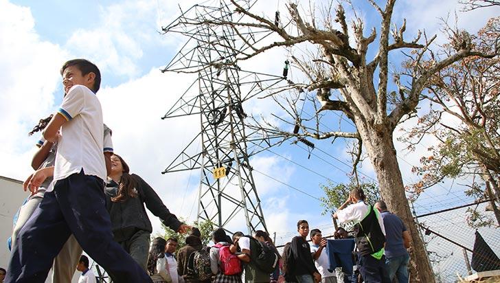 Líneas de alta tensión, un riesgo para colegio República de Francia