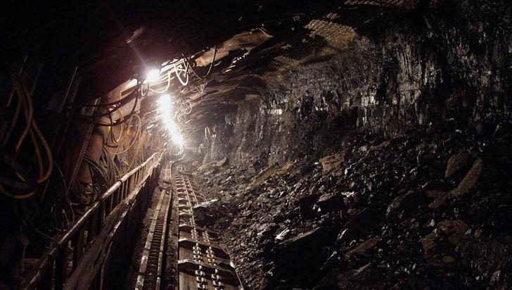 Rescatistas trabajan para mantener vivos siete mineros atrapados en Remedios, Antioquia