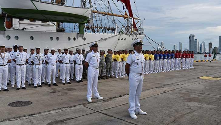 Armada convoca a jóvenes para hacer carrera o prestar servicio