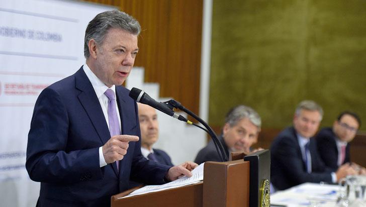Santos abre debate acerca de abolir ley seca durante las próximas elecciones