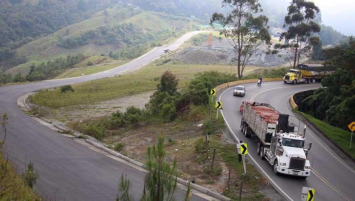 Empezaron obras en el peaje del túnel de La Línea