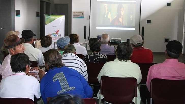 """""""Jóvenes, lejos de la literatura, más cerca de las drogas"""": Guillermo Candamil"""