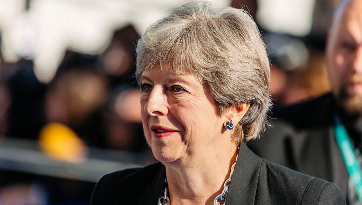 Theresa May dice que Londres no tolerará amenazas de Rusia a británicos