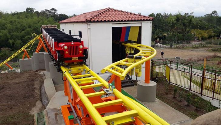 Parque del Café inauguró Yippe, su nueva montaña rusa