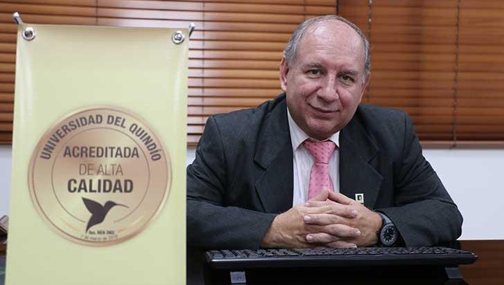 Mantener la acreditación, la meta del rector de la Uniquindío