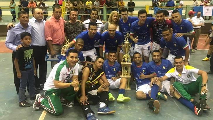 ¡Salud, campeón! Caciques derrotó a Visionarios y se llevó el título del Suramericano
