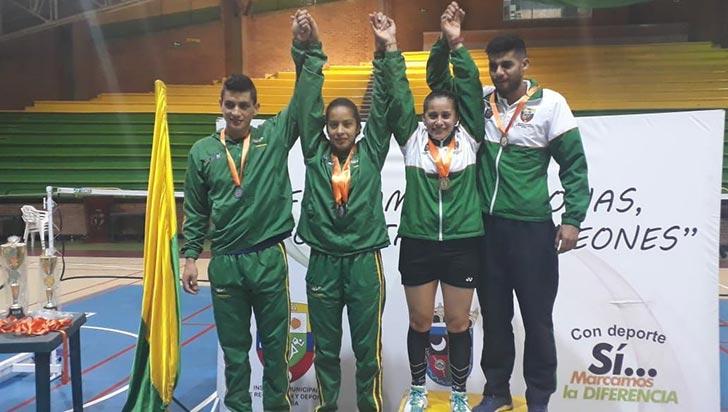 En válida nacional de bádminton, Quindío logró 3 medallas de plata