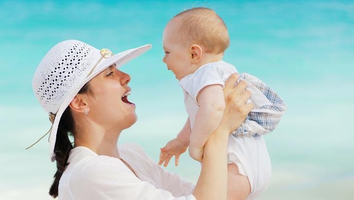 Los bebés de 6 meses son capaces de reconocer voces y caras felices