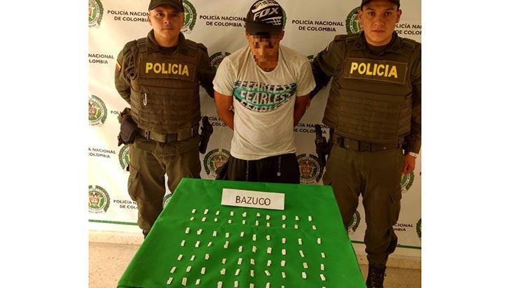 Capturado hombre que iba vender 70 dosis de bazuco en el barrio La Aldea Baja