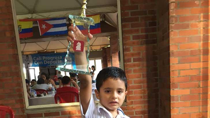 A sus 5 años, Jacobo Caicedo es un grande del ajedrez en el Quindío