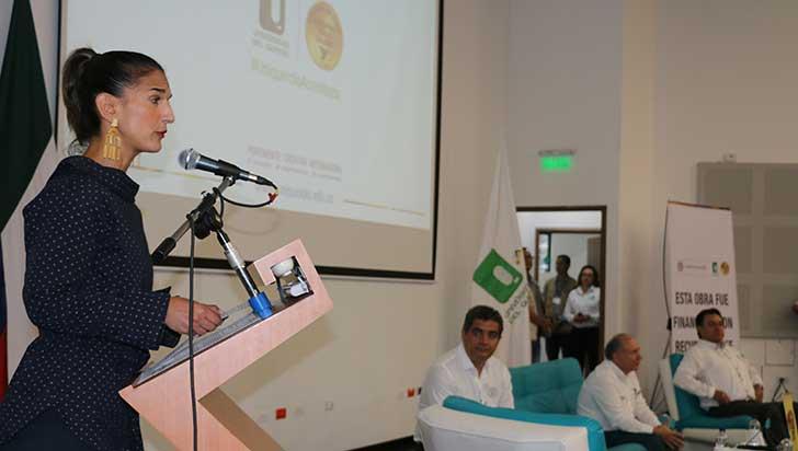 Ministra de Educación entregó certificación de calidad a la Uniquindío