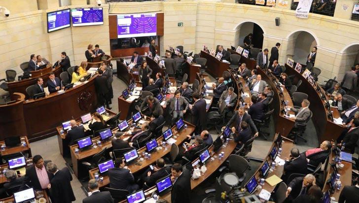 Senado aplazó para el 5 de junio la decisión sobre la consulta anticorrupción