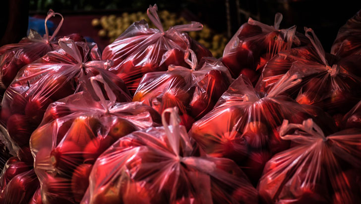Preocupación por norma que impondría uso de bolsas de colores