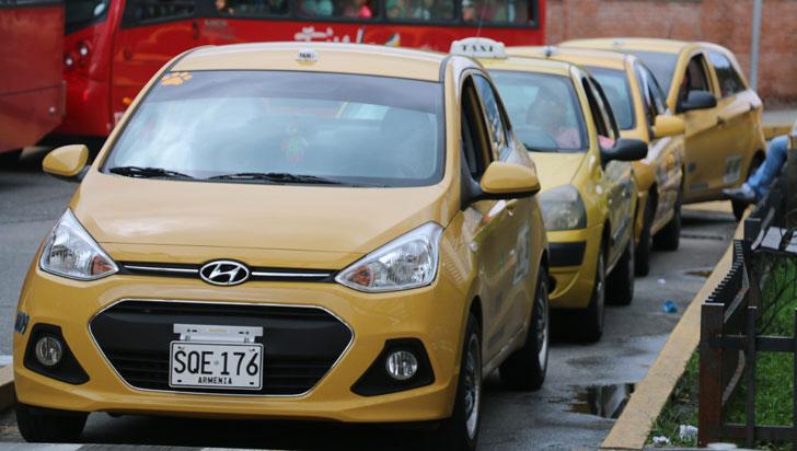 """""""Iniciativa de eliminar planillas es buena, pero concertada con sectores"""": gremio de taxistas"""