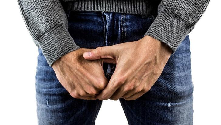 ¿Cuánto deberían medir sus testículos?