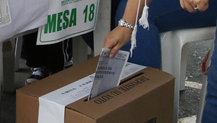¿Por quién votar? El dilema entre Iván Duque y Gustavo Petro
