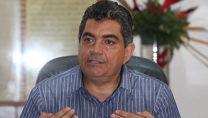 Gobernador indicó que tras la renuncia del alcalde, se asumirán actuaciones en derecho