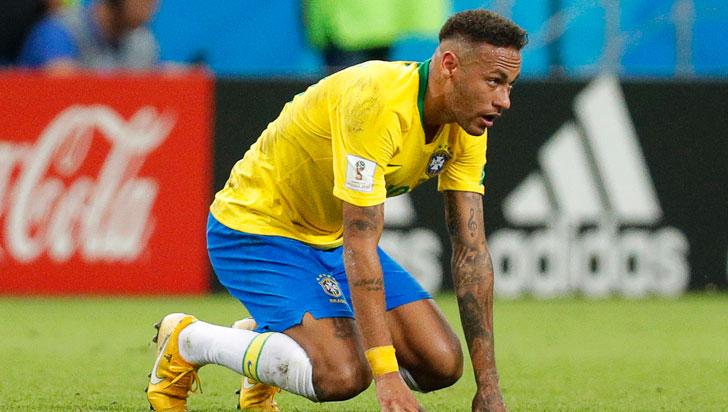 Aficionados de Brasil reprobaron actuación de Neymar