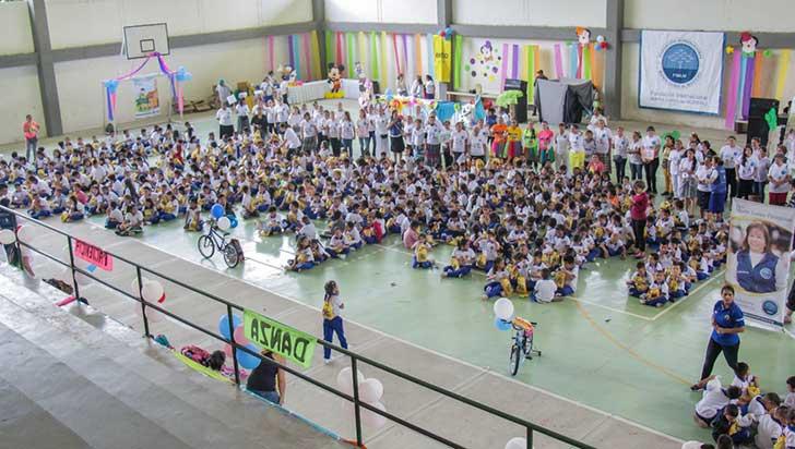 A 700 estudiantes del Rufino José Cuervo les enseñaron valores