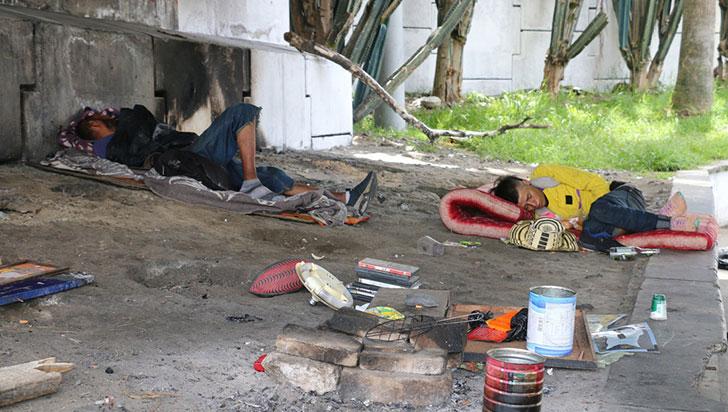 Habitantes de calle, apoderados de los espacios públicos de Armenia