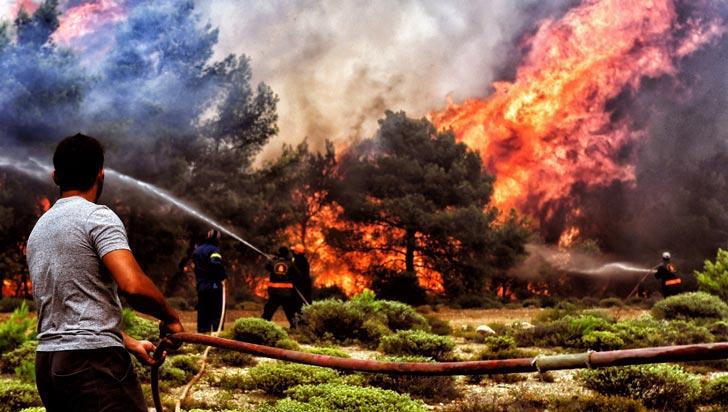 Incendios en Grecia dejan hasta el momento 74 muertos y 187 heridos