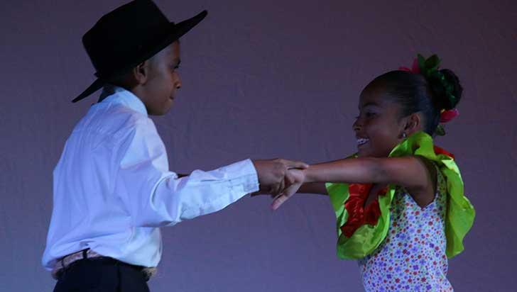 Los más pequeños dieron apertura a El bailarín de mi tierra en Calarcá
