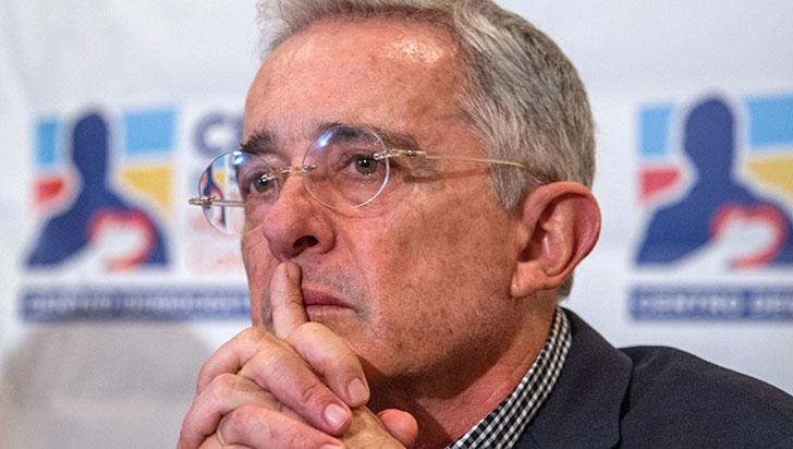 Uribe recusa a magistrado de la Corte Suprema y elevará queja a la CIDH