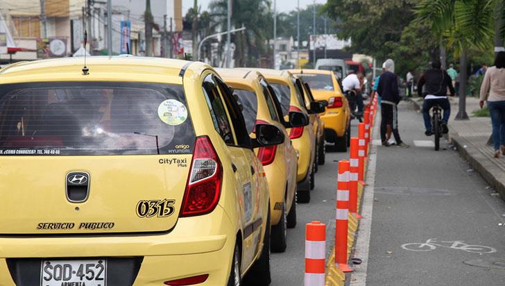 Cada mes se presentan tres hurtos a taxistas; alarma por inseguridad