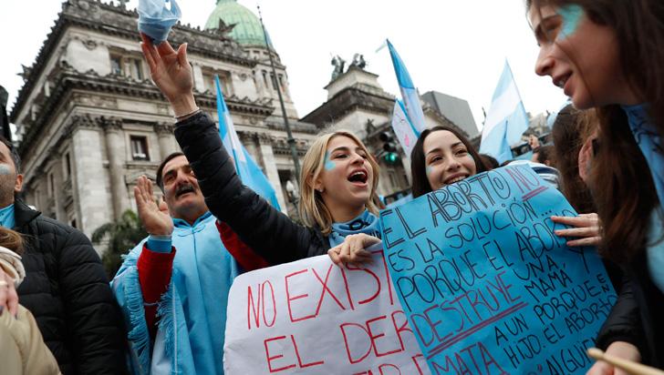 Senado de Argentina rechazó la despenalización del aborto
