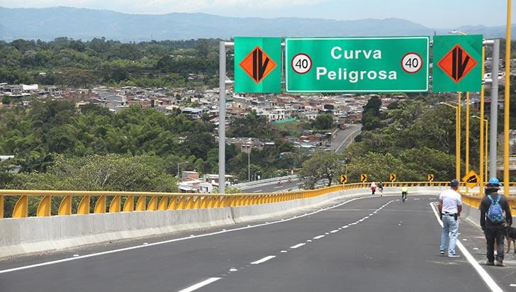 Menor de edad falleció tras accidentarse en su bicicleta en el puente El Cafetal