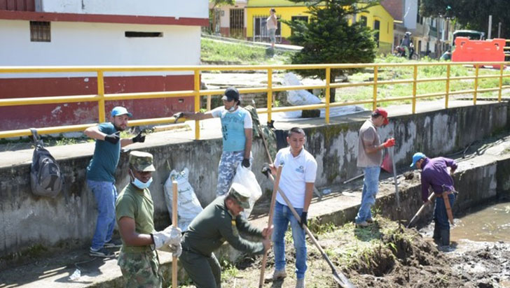 Intervenida la quebrada Cajones de Montenegro por riesgo para la comunidad