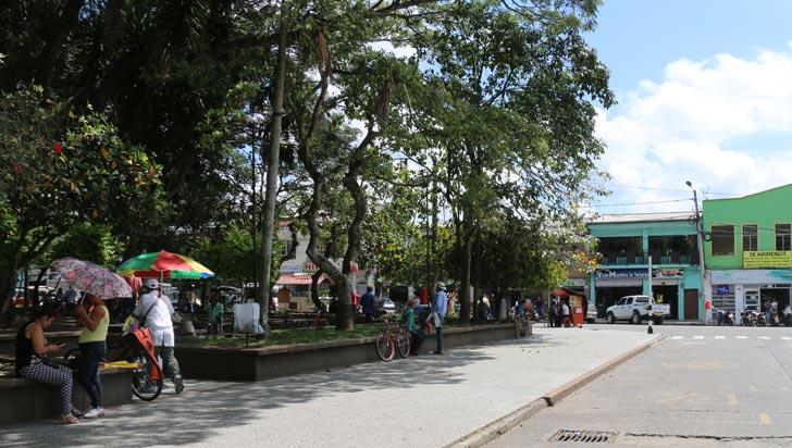 La Tebaida celebra sus 102 años con cultura, música y deporte
