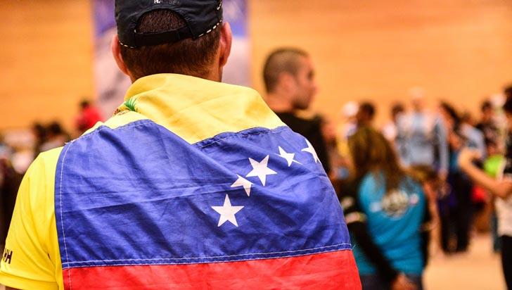 Ante la masiva inmigración, Perú exigirá pasaporte a los venezolanos