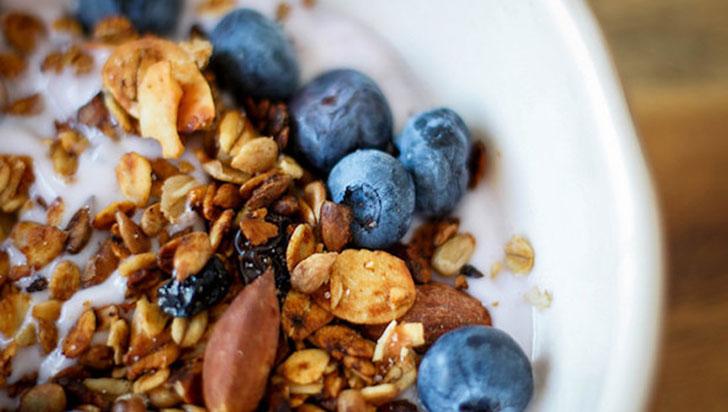 La leche en el desayuno reduce el nivel de glucosa y aumenta la saciedad