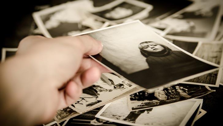 Falta de detalles en los recuerdos puede ser un signo temprano de alzhéimer