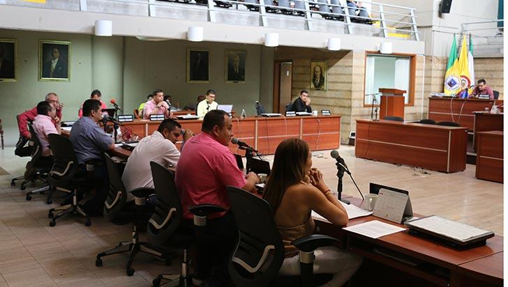 Aprobado aumento salarial para alcalde, personera y contralor