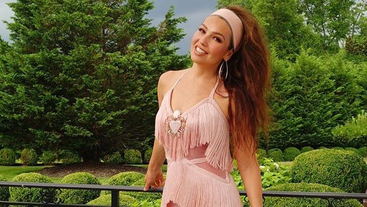 Se creció el #ThalíaChallenge: La cantante busca el récord al flashmob más grande del mundo