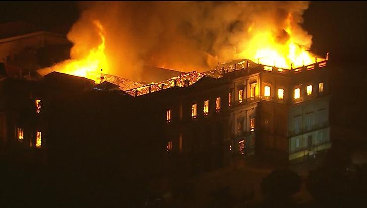 Los tesoros culturales que devoró el incendio del Museo Nacional de Brasil