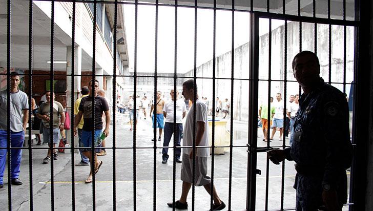 Se escapó interno de la cárcel San Bernardo