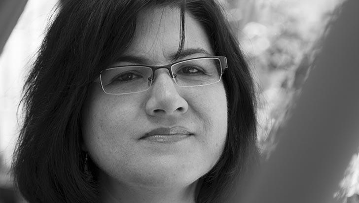 """""""En Colombia no es fácil ser mujer, mucho menos escritora"""": G. Arciniegas"""