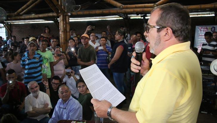 Exlíderes de las Farc critican liderazgo de Timochenko en el partido