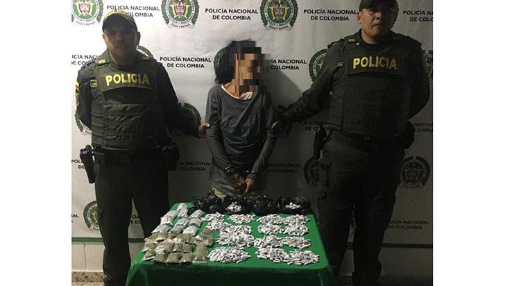 Mujer de 52 años portaba base de coca y marihuana en bus intermunicipal