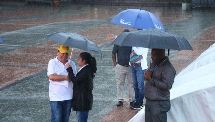 """Llueva, truene o relampaguee, la lucha se mantiene"": Suteq"